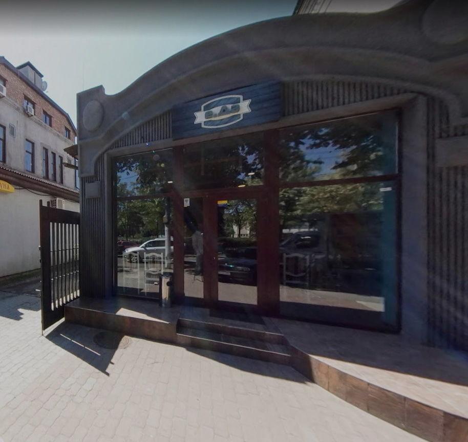 Продается здание на против оперного театра Днепр
